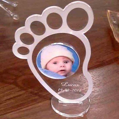 Portafotos en forma de pie de bebe